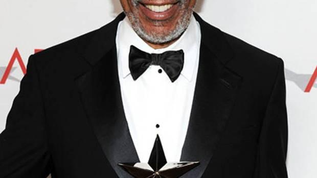 Video: Morgan Freeman falls asleep during interview - The Globe and ...