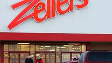Shoppers leave the Zellers department store at the County Fair Mall in New Minas, Nova Scotia. (PAUL DARROW/For The Globe and Mail/PAUL DARROW/For The Globe and Mail)