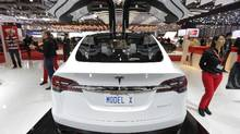 Tesla Model X Buyers Start Picking Options For 132 000