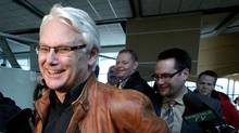 British Columbia Premier Gordon Campbell jokes with the media. (DARRYL DYCK/THE CANADIAN PRESS)