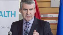 Nova Scotia Premier Stephen McNeil addresses a crowd on Thursday, July 28, 2016. McNeil says he doesn't want the Liberal government to impose a federal carbon price. (Andrew Vaughan/THE CANADIAN PRESS)