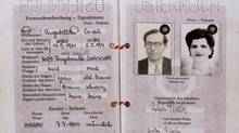 Transit documents provided by Chinese consul-general Feng Shan Ho to extended family of Eric Goldslaub.